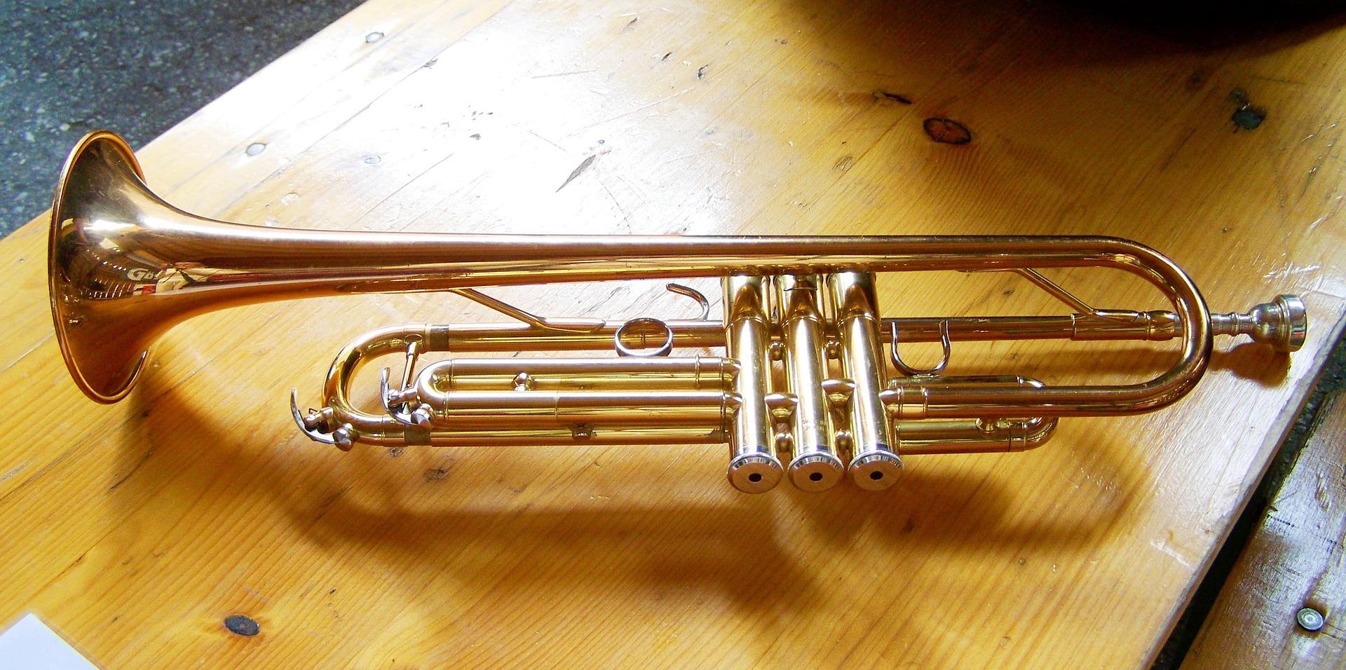 Yamaha YTR-2330 Standard trumpet
